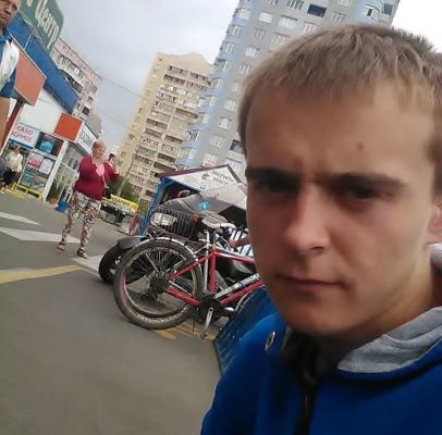 Артем Поліщук