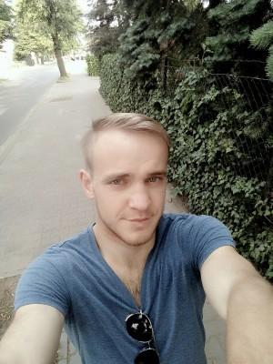 Andrii DROBNOKHOD