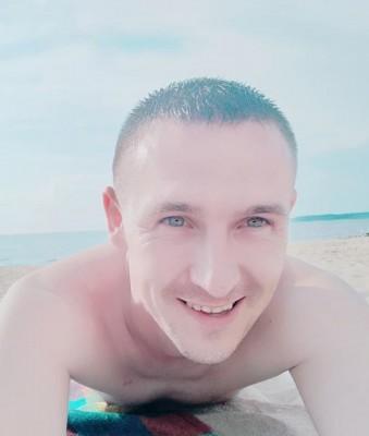Денис Корчистий