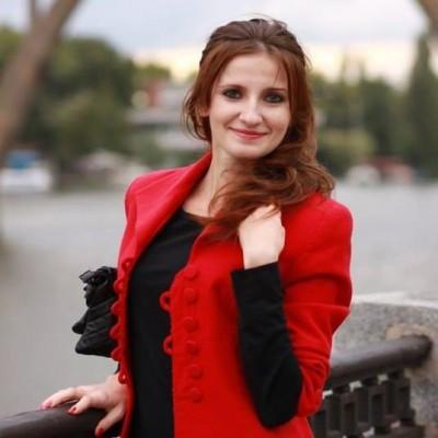 Olena Hryvnak