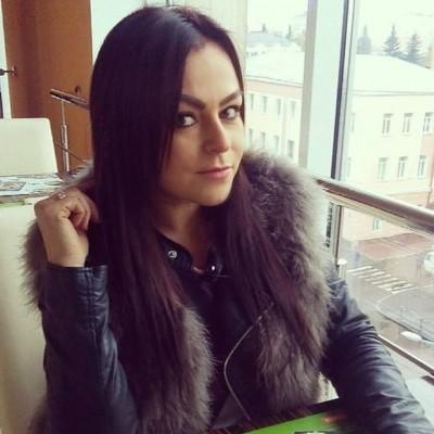 Юлька Богданова