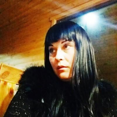 Таня Олійникова