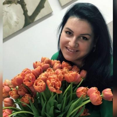 Jliya  Karabanova
