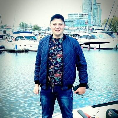 Александр Максимчук