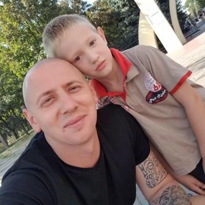 Александр Слайковский